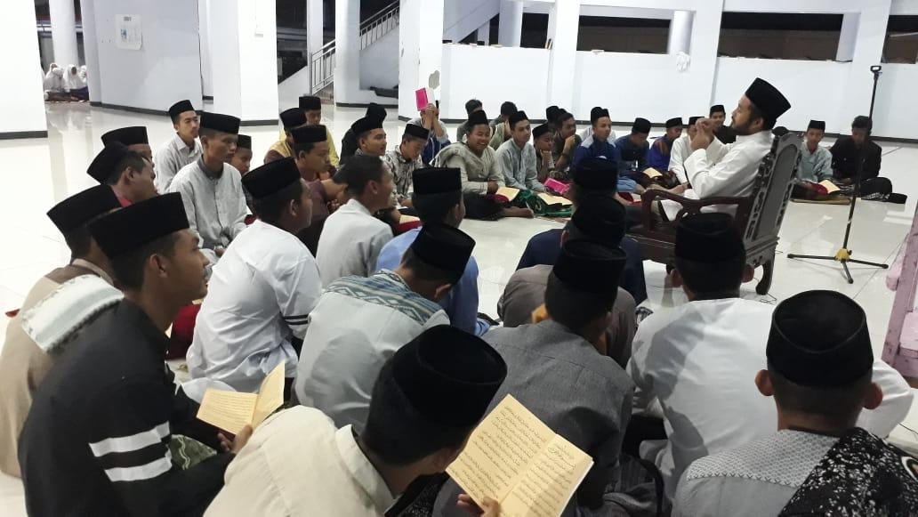 Kajian Kitab Santri Mukim